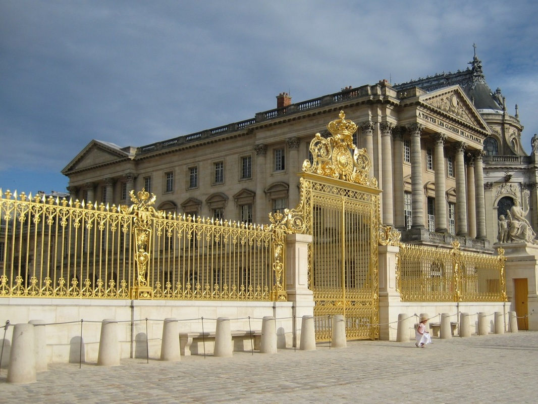 8023256286d A detail of the golden gates outside the Palace of Versailles  central  courtyard The entire fence was torn down and melted during the French  Revolution but ...